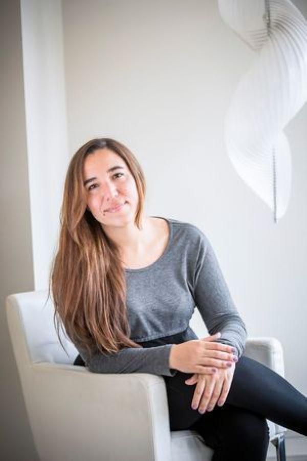 Therapist Carolina Alvarez (LMFT) - 11 Years Experience